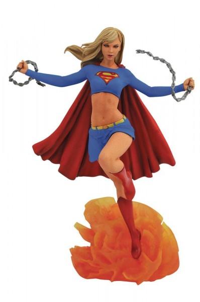 Diamond Select - DC: Supergirl (25 cm)