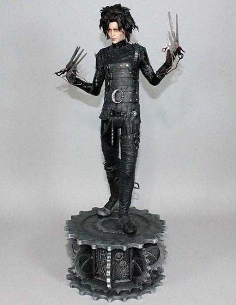 Hollywood Collectibles Group - Edward mit den Scherenhänden: Edward (61 cm)